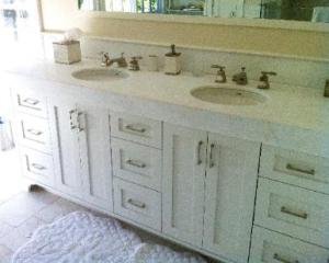 Bathroom by Boudraux Builders INC.